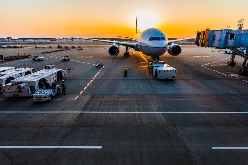 飛行機に携わる業種